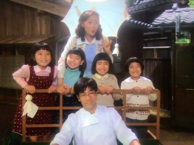 4姉妹幼少期の頃 出典:さかえてる(twitter)